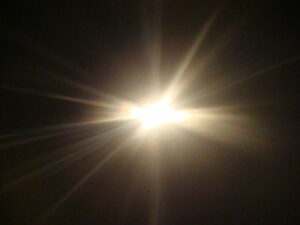 640px-Light_shining1